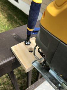 using jig saw to cut to hole of side