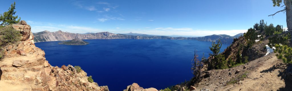 panoramic picture of crater lake