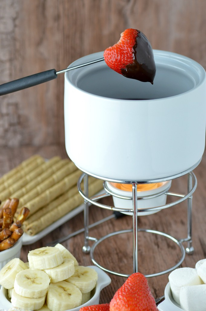strawberry dipped in fondue