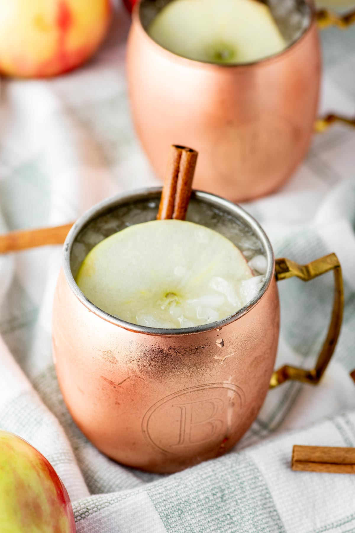apple cider moscow mule in copper cup