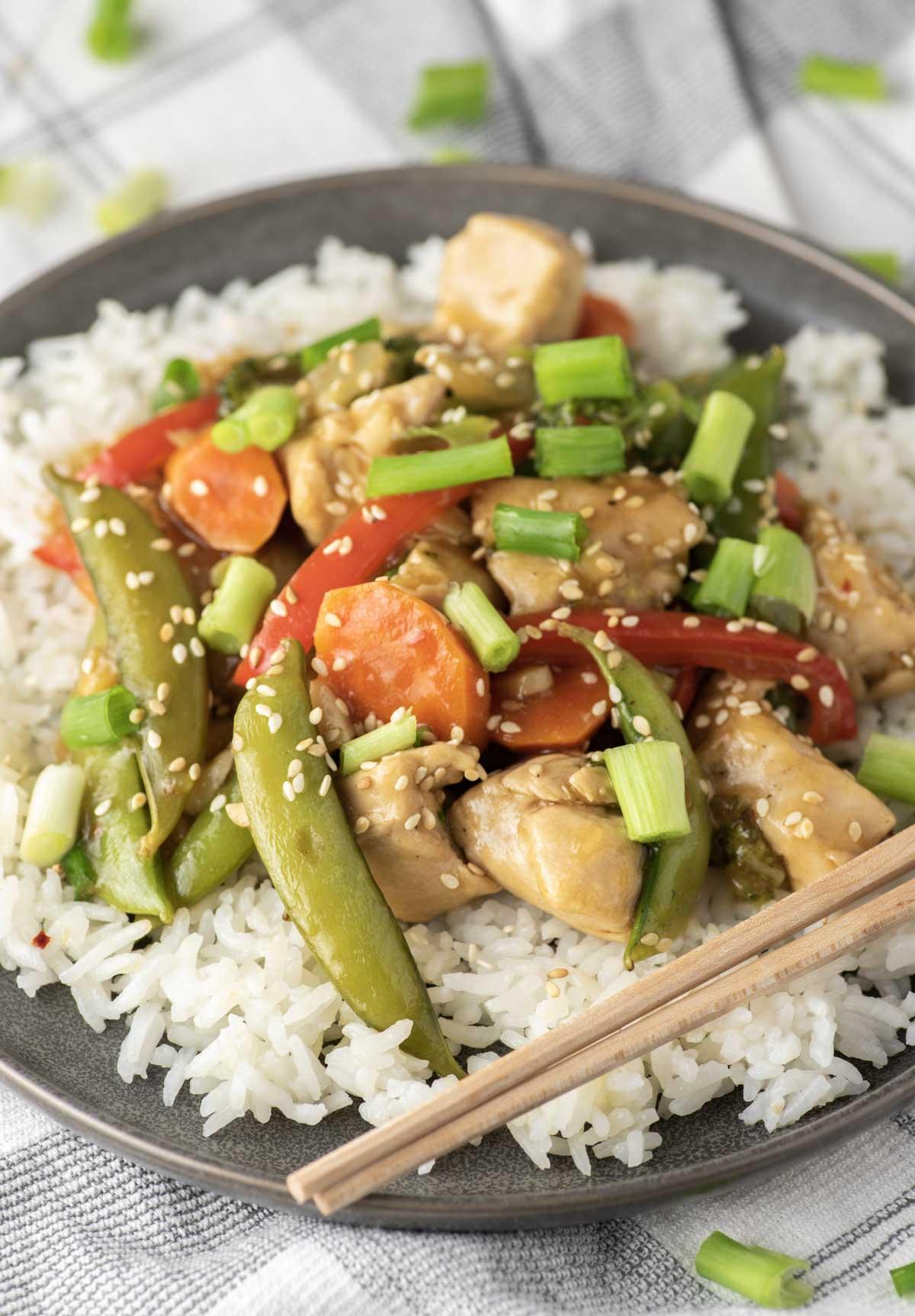chicken and veggie stir fry on plate