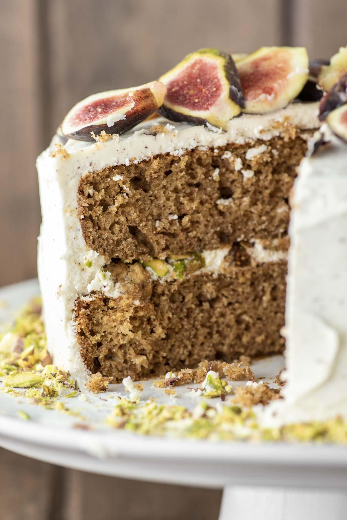 sliced spice cake on cake platter