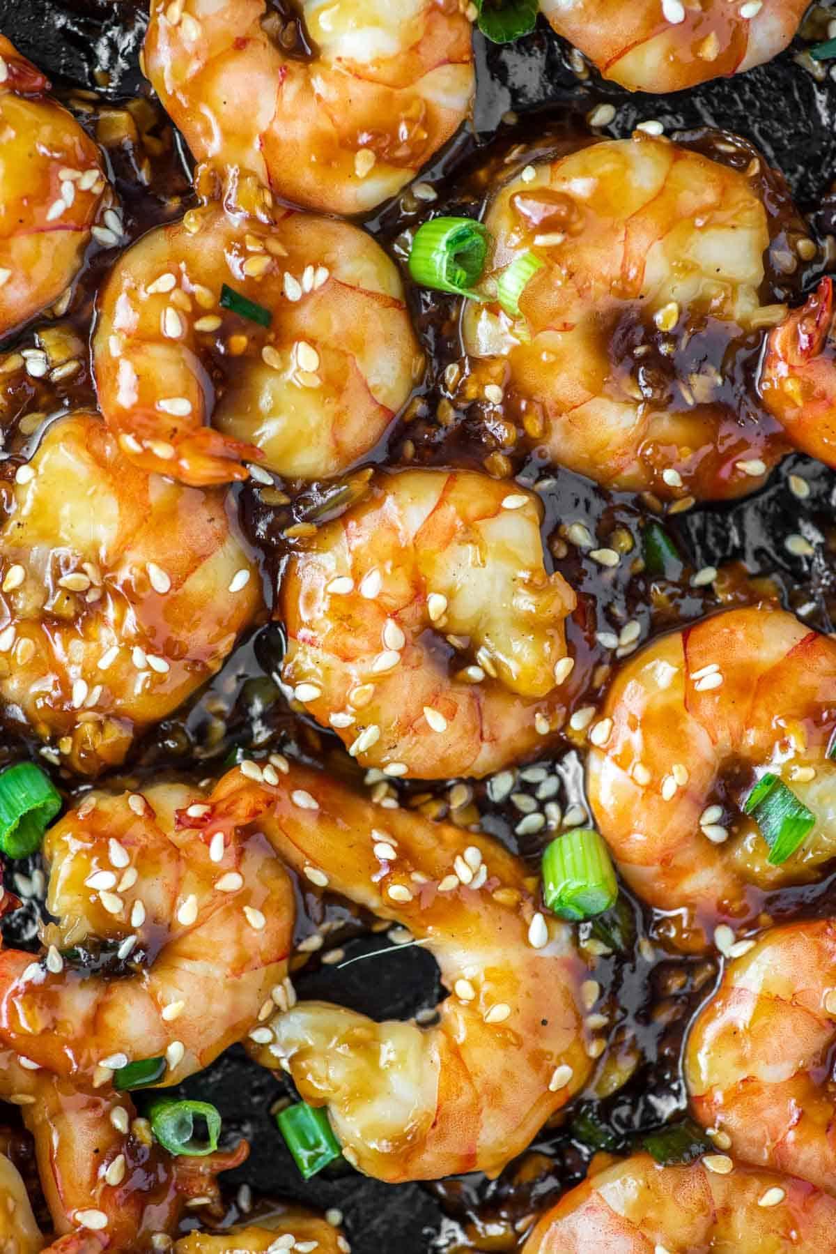 close-up of teriyaki shrimp in skillet